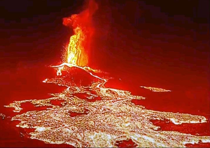 NO detiene su erupción el volcán de LA PALMA